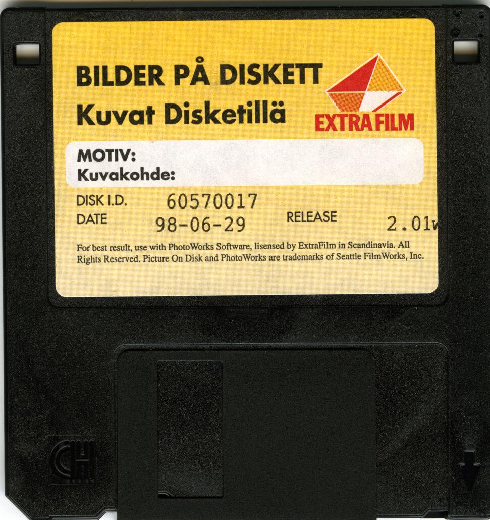 Extrafilm bilder på diskett - Ateljé Alma överför dem till digitalt format